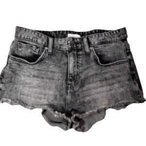 H&M Charcoal Raw Edge Booty Jean Shorts Size 4